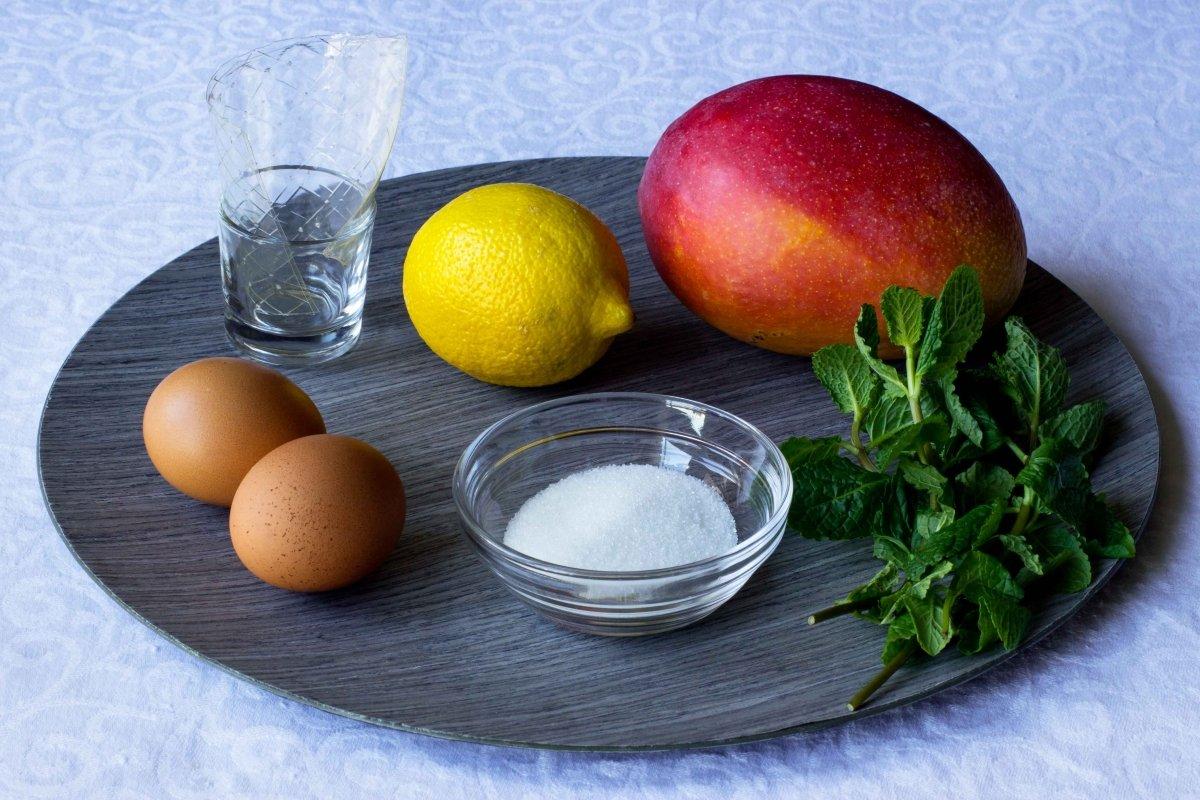 Ingredientes para el mouse de mango