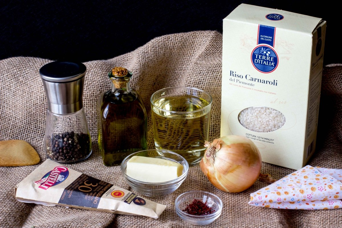 Ingredientes para elaborar el risotto alla milanese