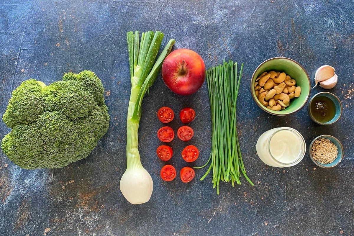Ingredientes para elaborar ensalada de brócoli