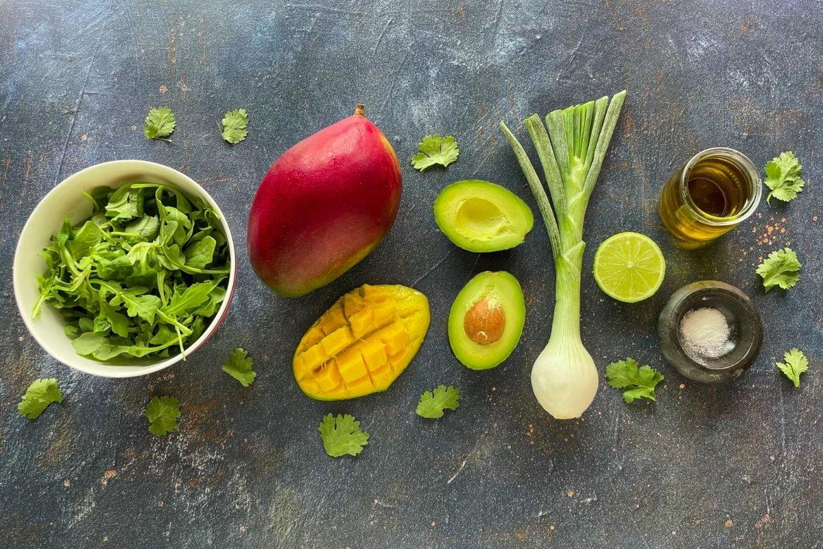 Ingredientes para elaborar ensalada de mango