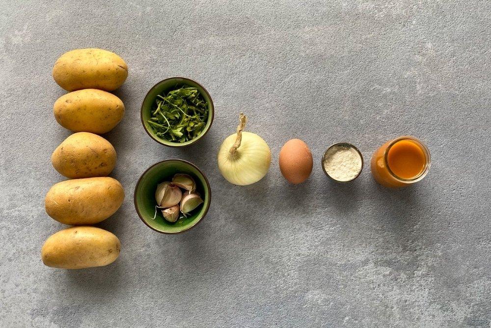 Ingredientes para elaborar patatas en salsa verde