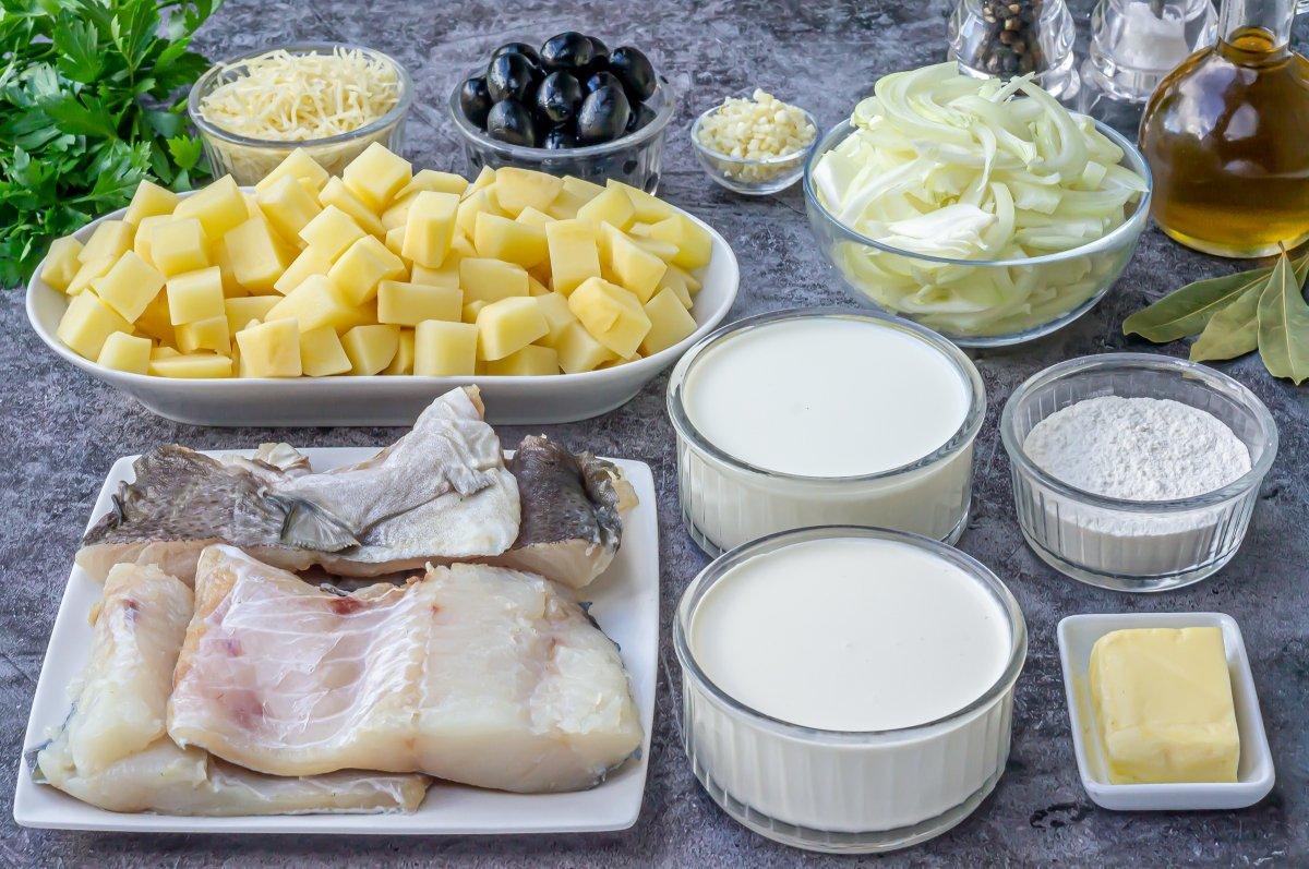 Ingredientes para hacer bacalao con nata