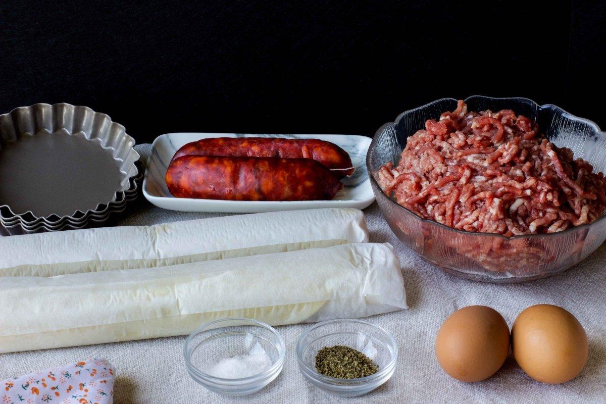 Ingredientes para hacer el pastel de carne murciano
