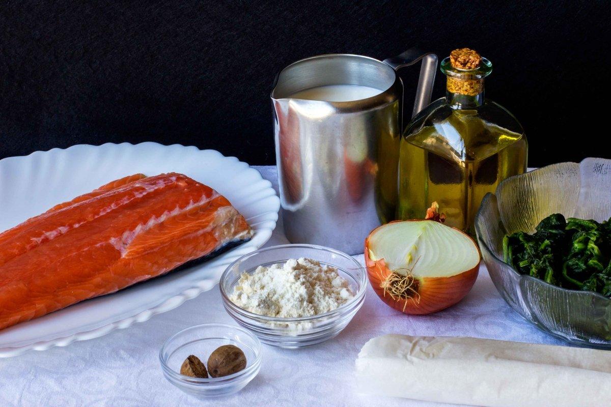 Ingredientes para hacer el salmón en croûte