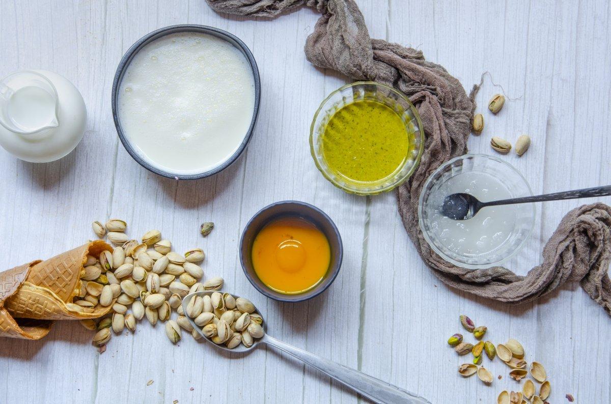 Ingredientes para hacer helado de pistacho casero