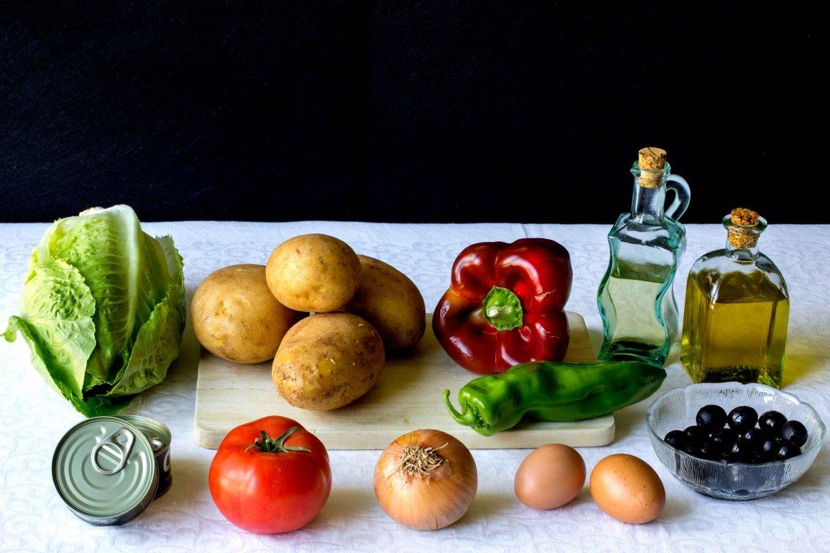 Ingredientes para hacer la ensalada de patata
