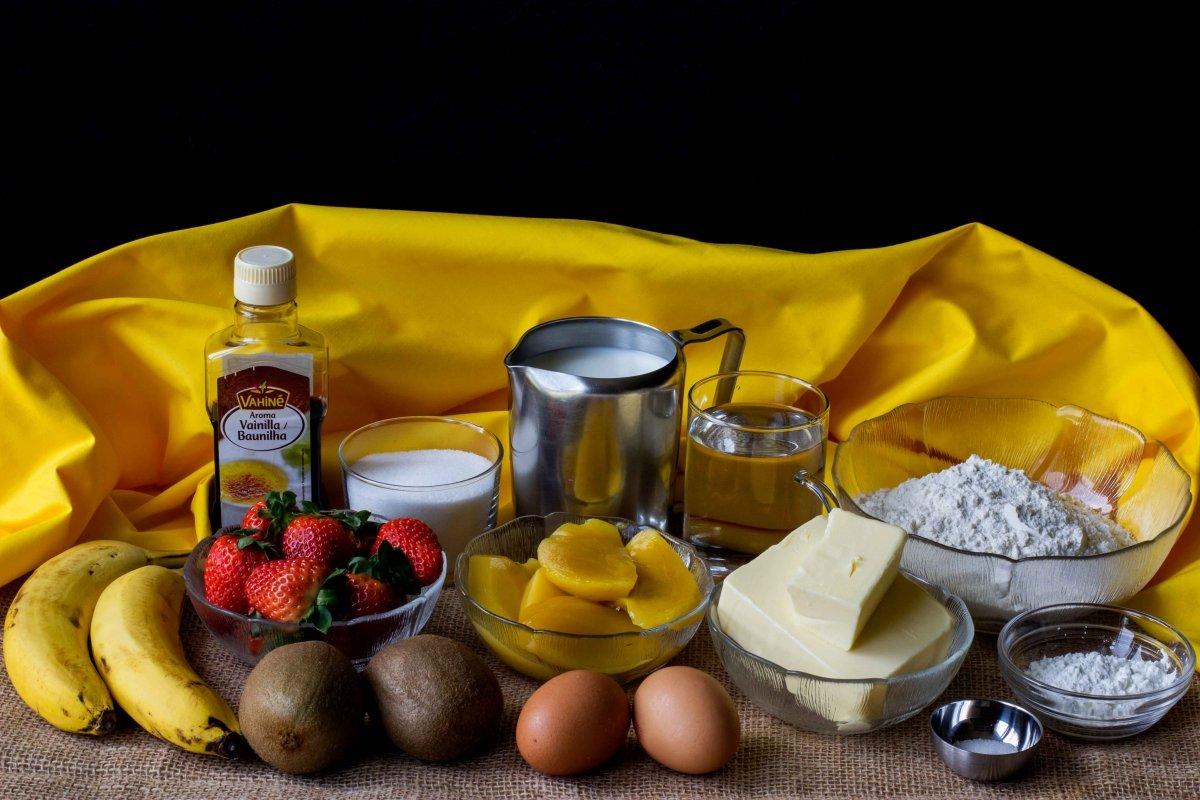 Ingredientes para hacer la tarta de frutas