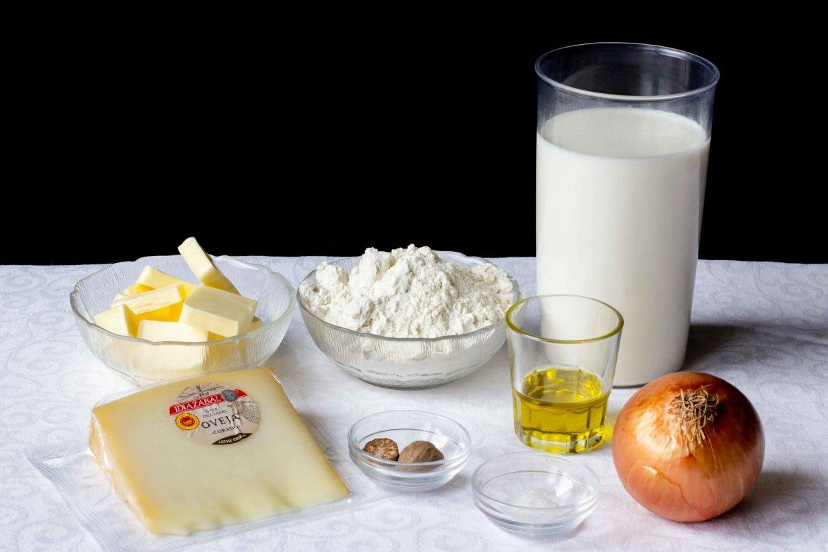 Ingredientes para hacer las croquetas de Idiazabal