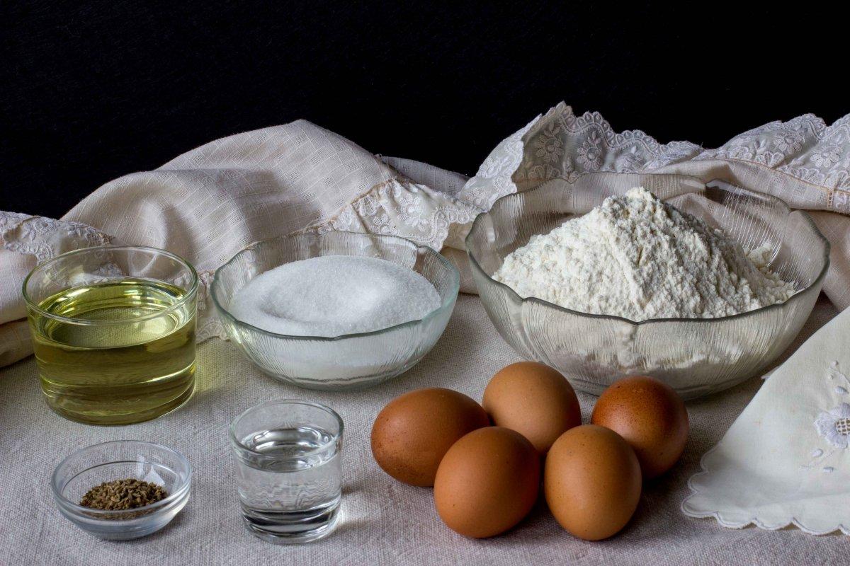 Ingredientes para hacer las rosquillas de San Isidro