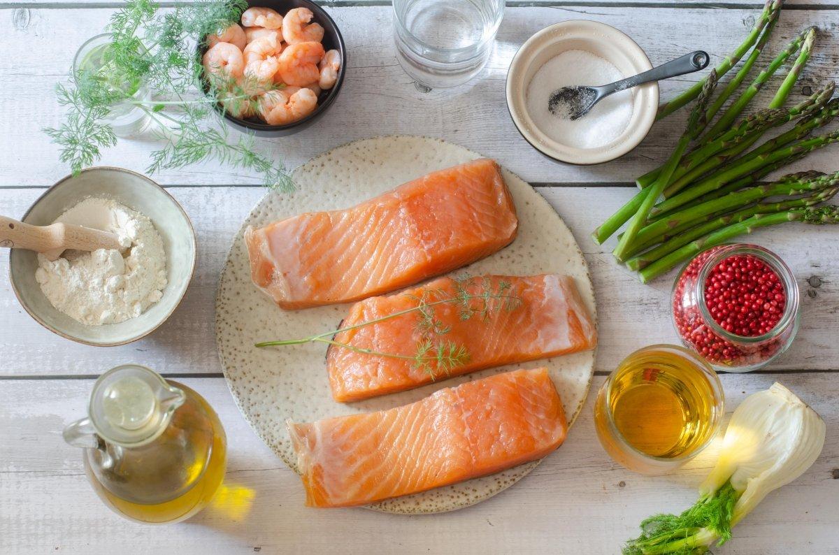 Ingredientes para hacer salmón en salsa verde