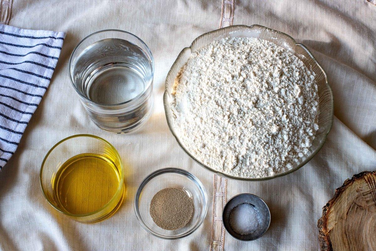 Ingredientes para la masa de la pizza romana