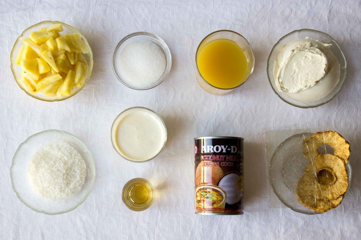 Ingredientes para la receta de panna cotta de piña colada