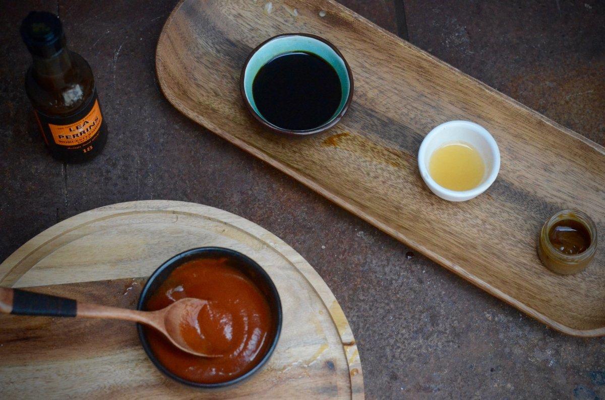 Ingredientes para la salsa de takoyaki
