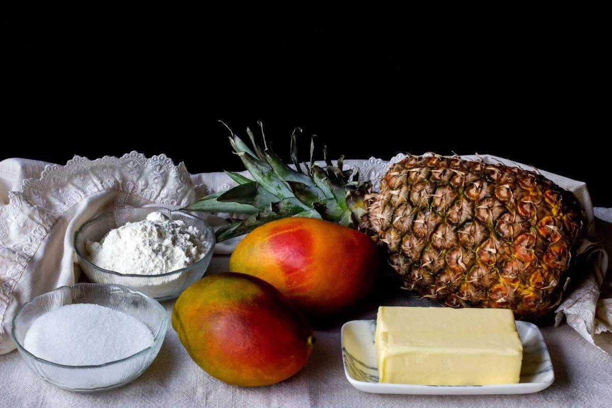 Ingredientes para la tarta de mango y piña