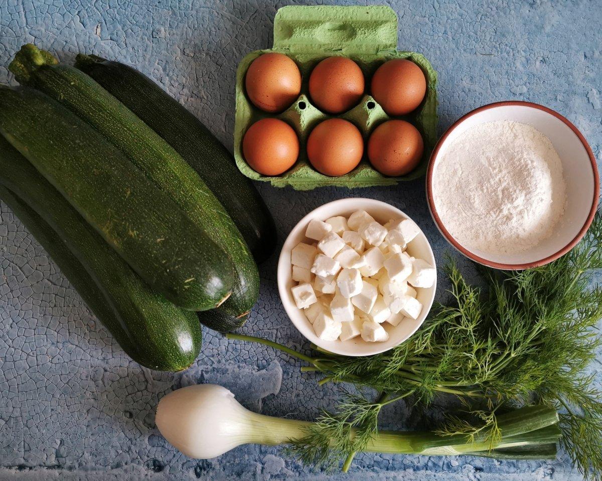 Ingredientes para las croquetas de calabacín