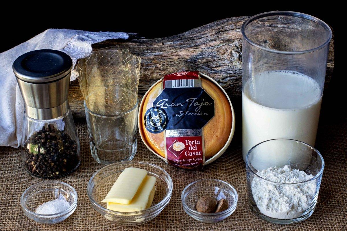 Ingredientes para preparar las croquetas líquidas de torta del Casar