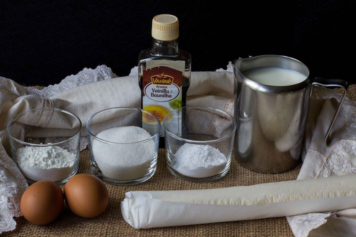 Ingredientes para preparar los miguelitos de crema