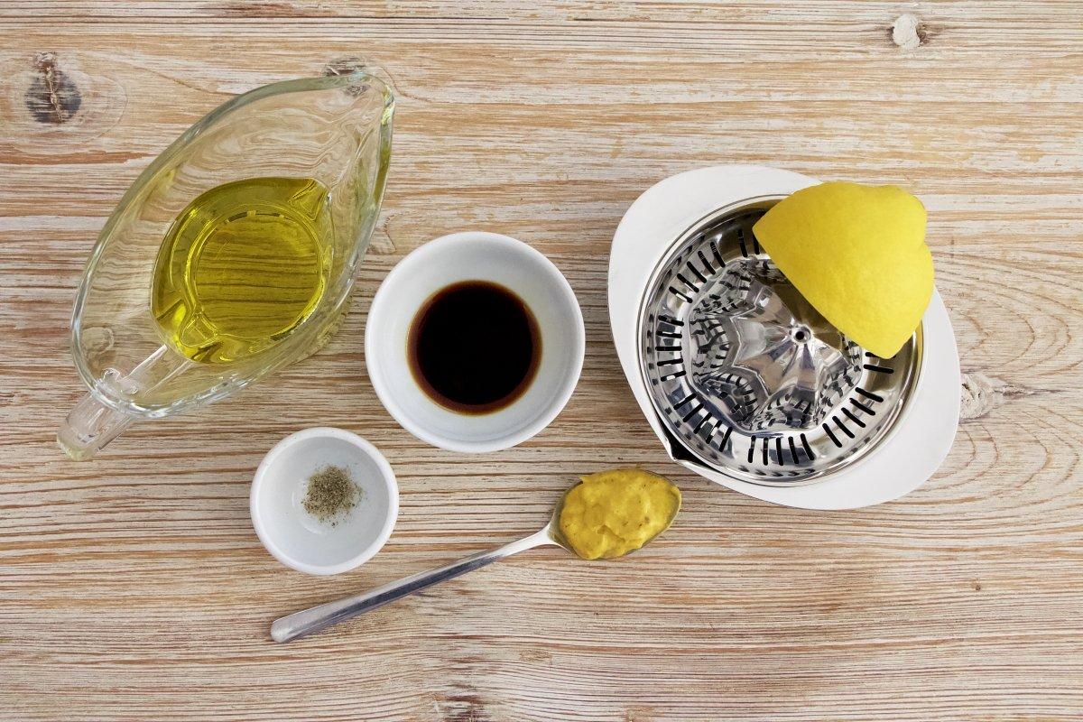 Ingredientes para una vinagreta de mostaza