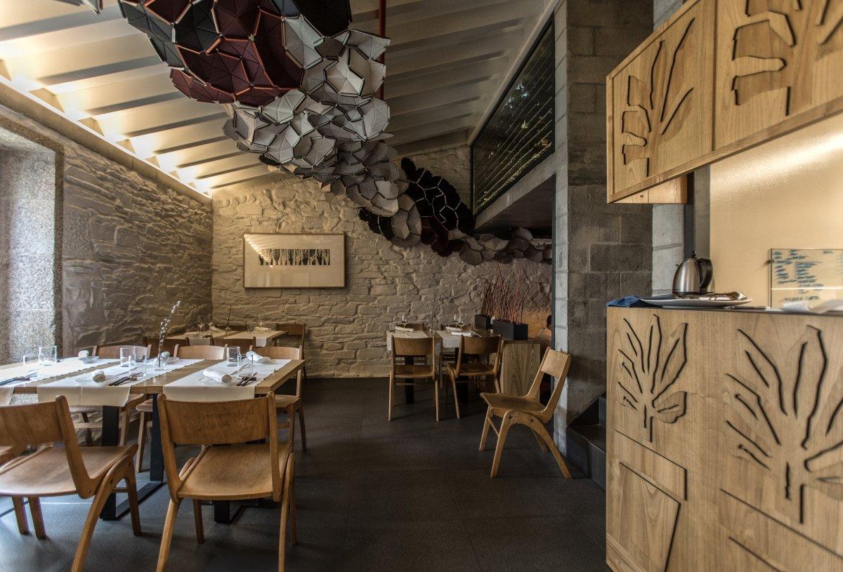 Interior del restaurante A Maceta