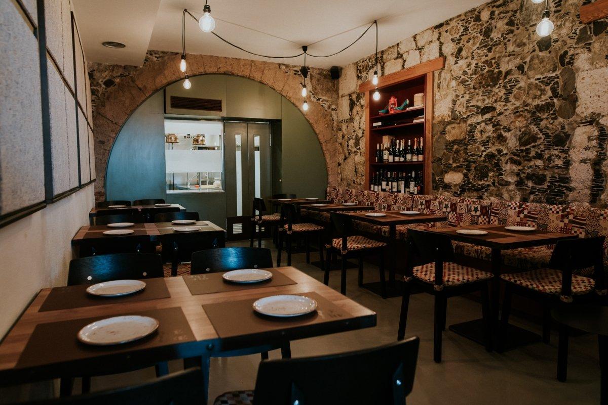 Interior del restaurante Qué Leche