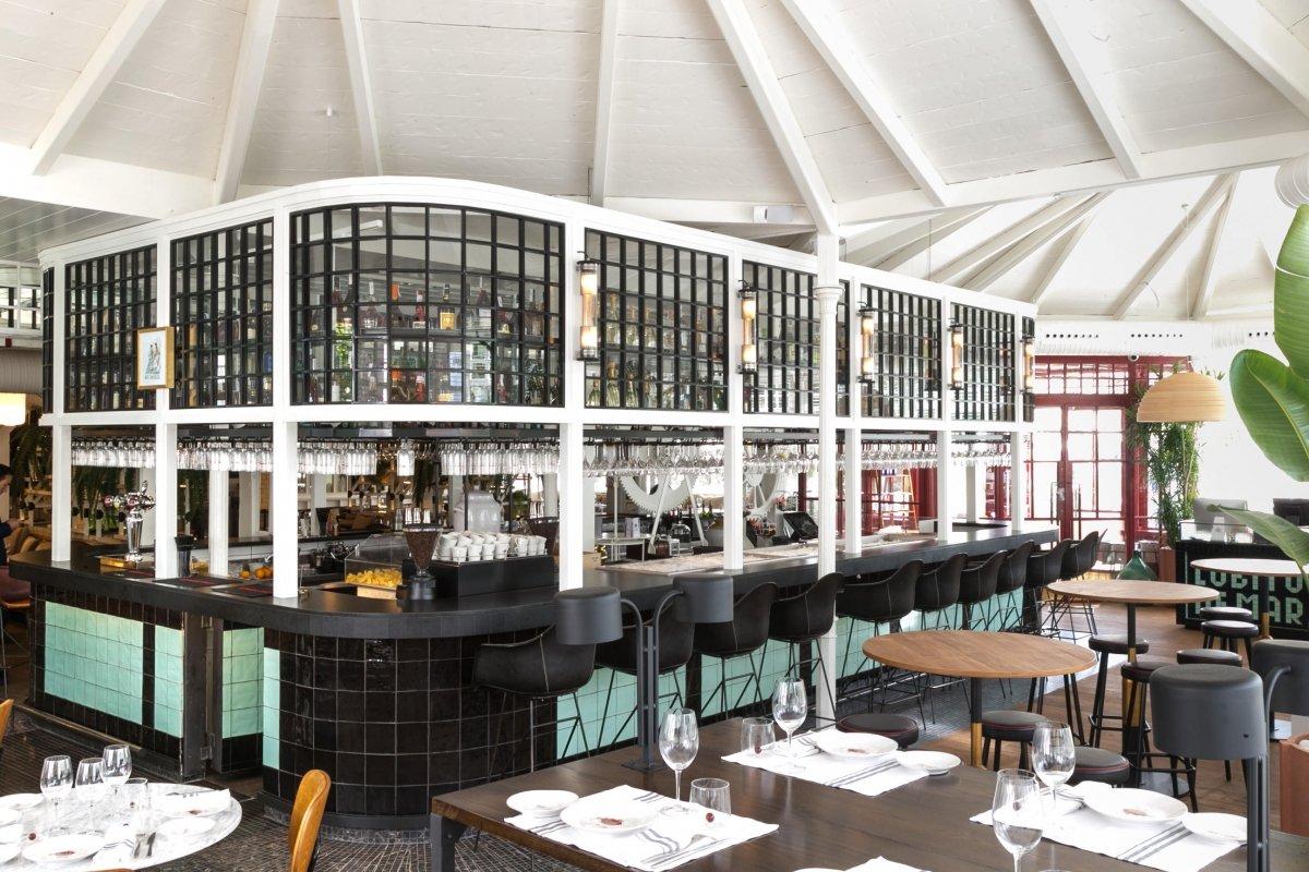 La barra del restaurante Lobito de Mar de Dani García