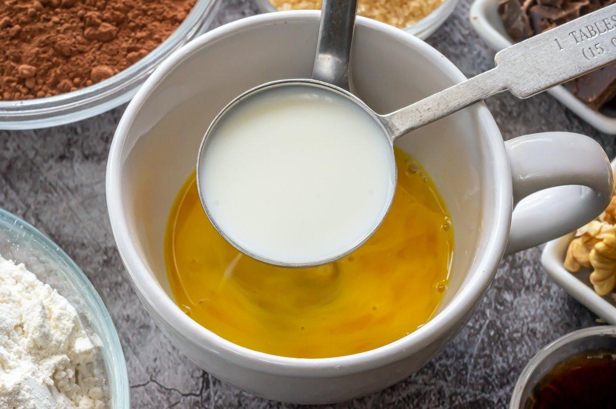 La cucharada de leche