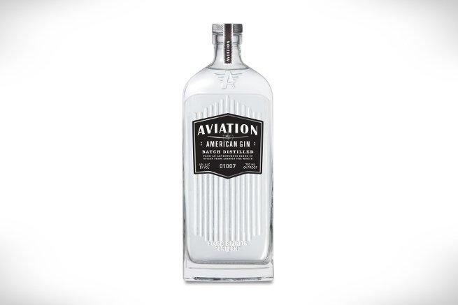 Aviation Gin, la ginebra americana que no es americana