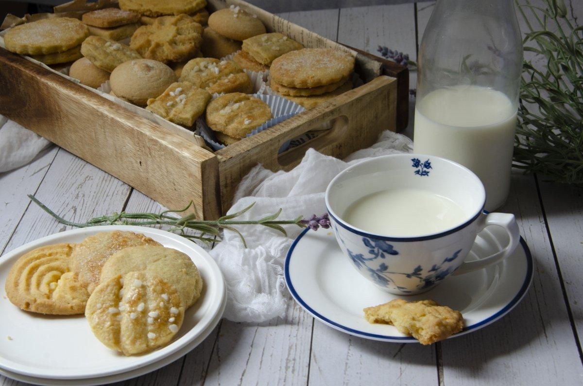 leche con galletas de mantequilla