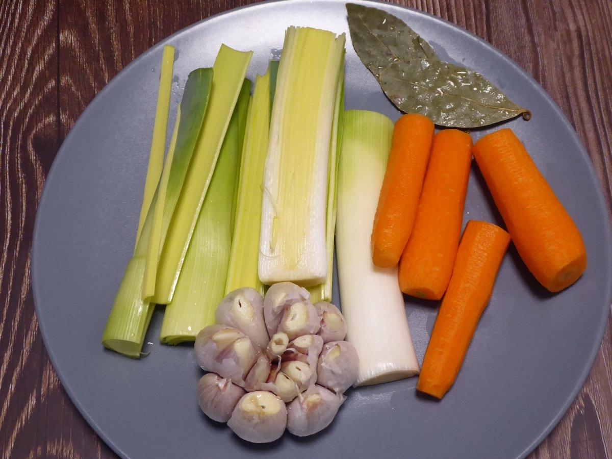 Limpiamos y troceamos las verduras