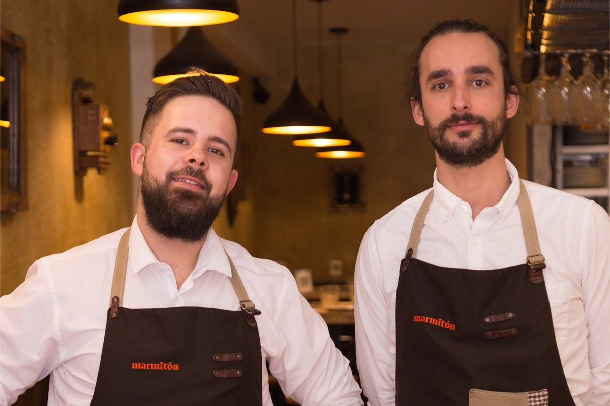 Los chefs Pablo Sánchez y Lalo Zarcero de marmitón