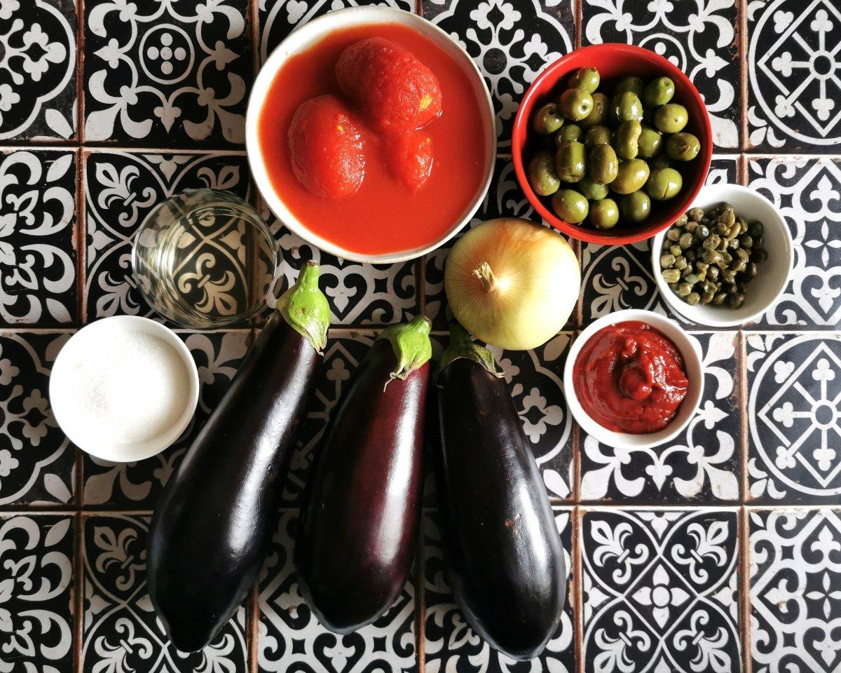 Los ingredientes de la caponata siciliana