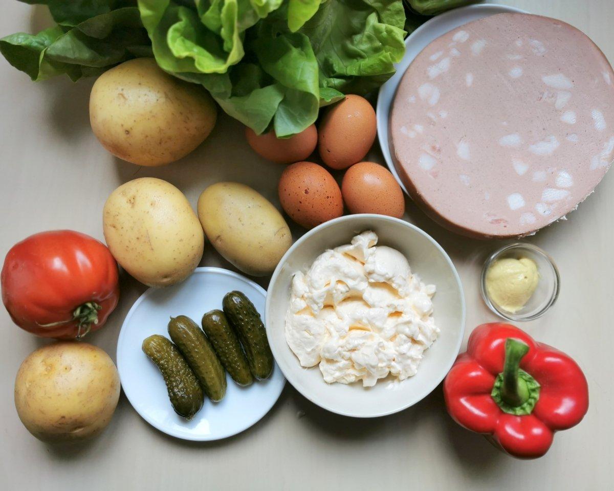 Los ingredientes de la ensalada piamontesa