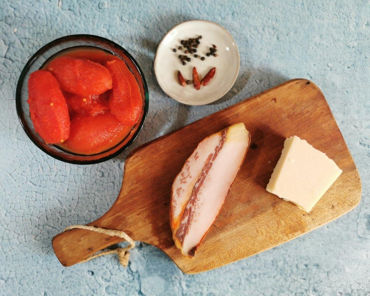 Los ingredientes de la salsa amatriciana