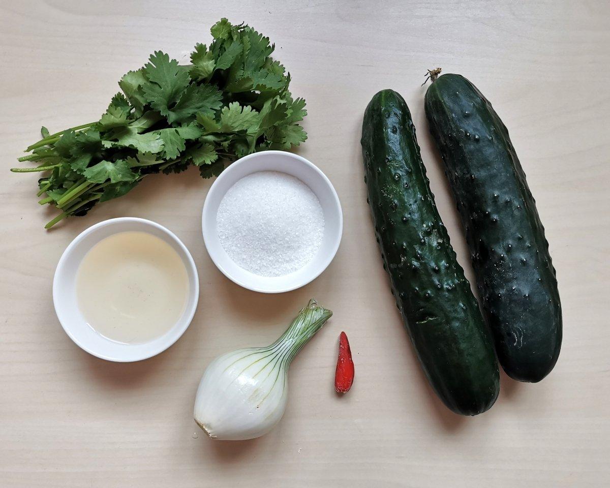Los ingredientes del Ajad de pepino