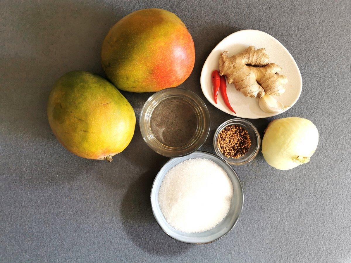 Los ingredientes del chutney de mango