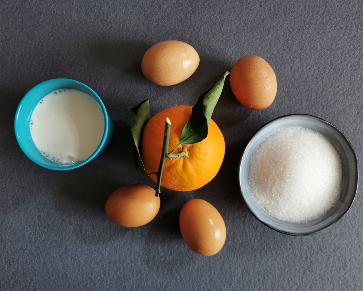 Los ingredientes del flan de naranja