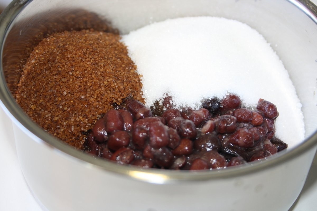 Mezclar judías con azúcar