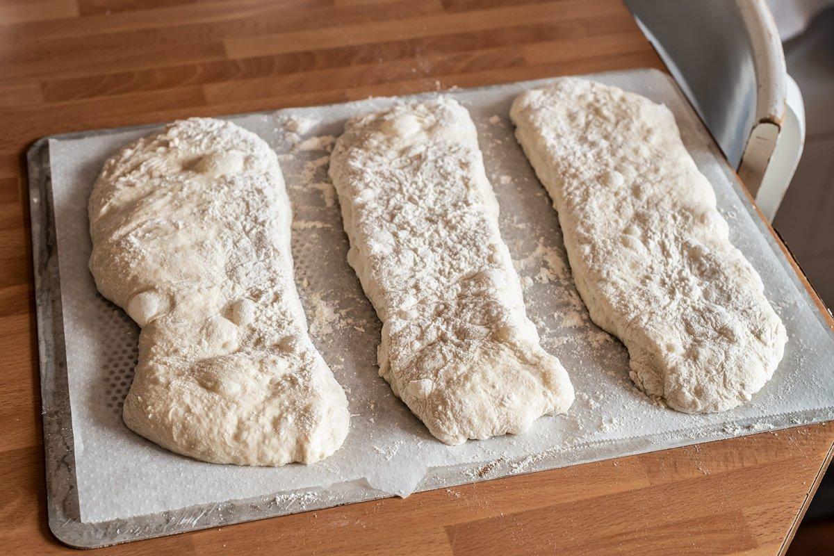 Pan de cristal antes del horno