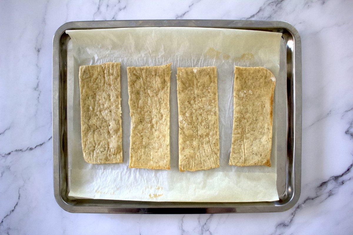 Pan horneado de las tostas de salmón con queso