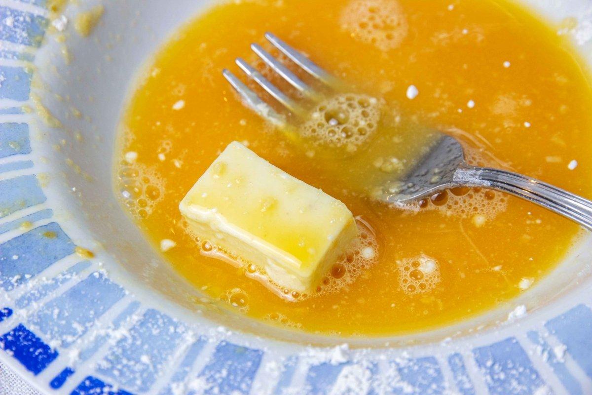 Pasar por huevo la croqueta líquida de torta del Casar