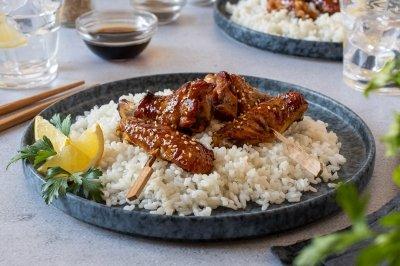 Alitas de pollo en salsa teriyaki