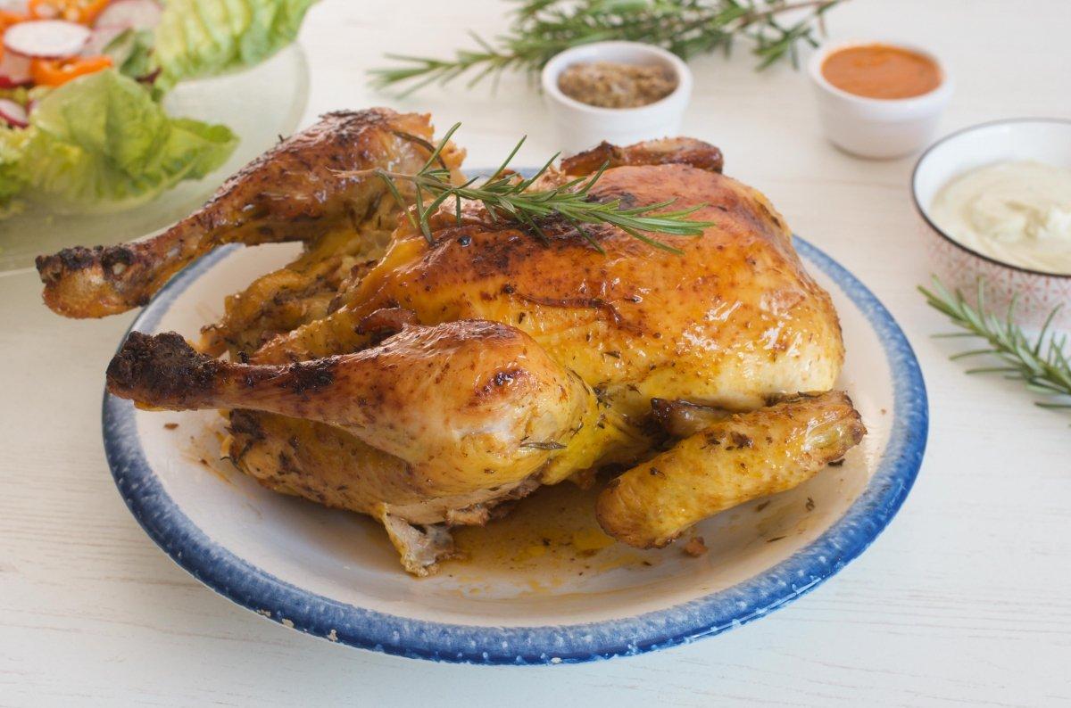 Pollo a la brasa Peruano listo para disfrutar