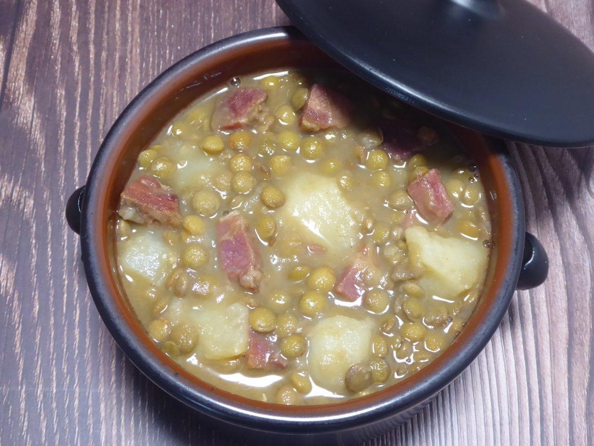 Lentejas con jamón y patatas