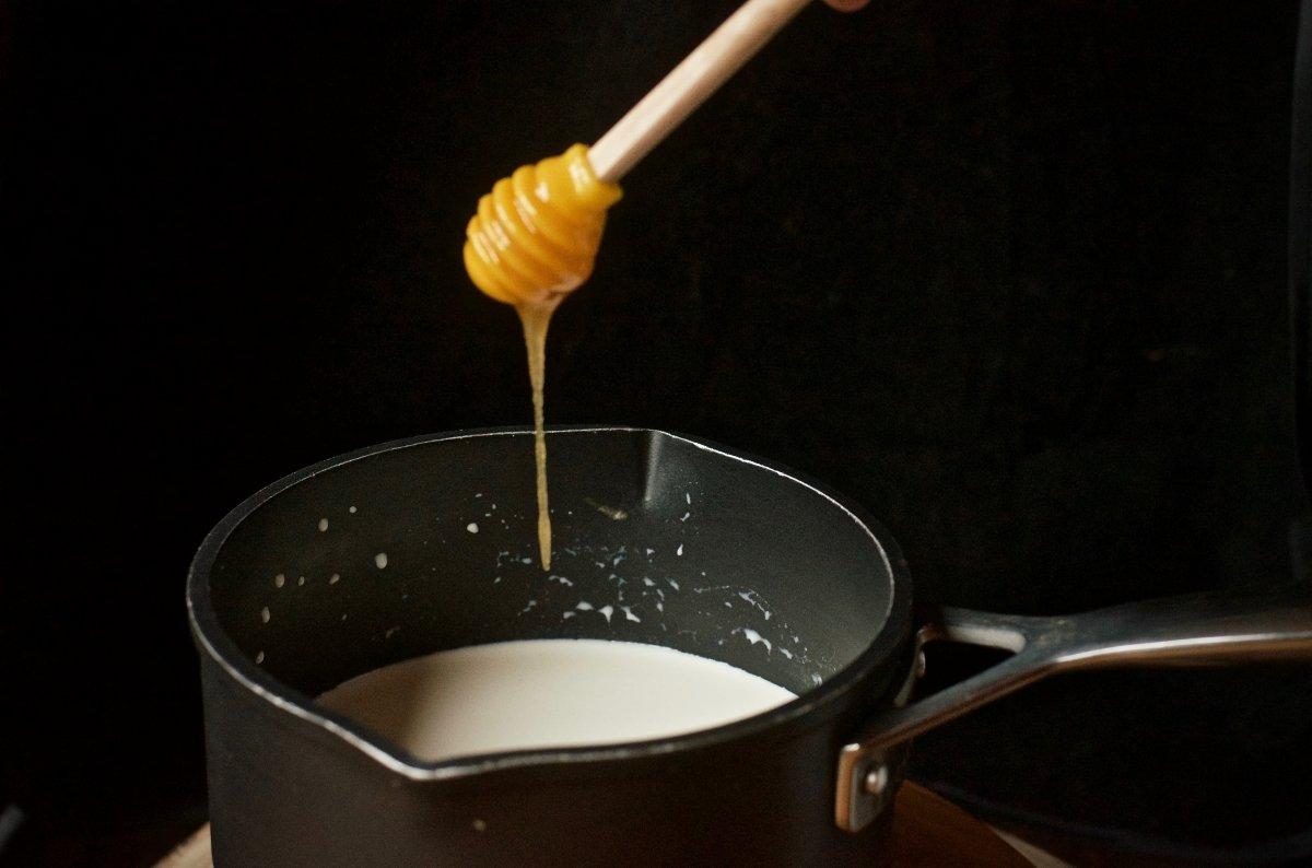 Preparamos la crema del helado de stratachela