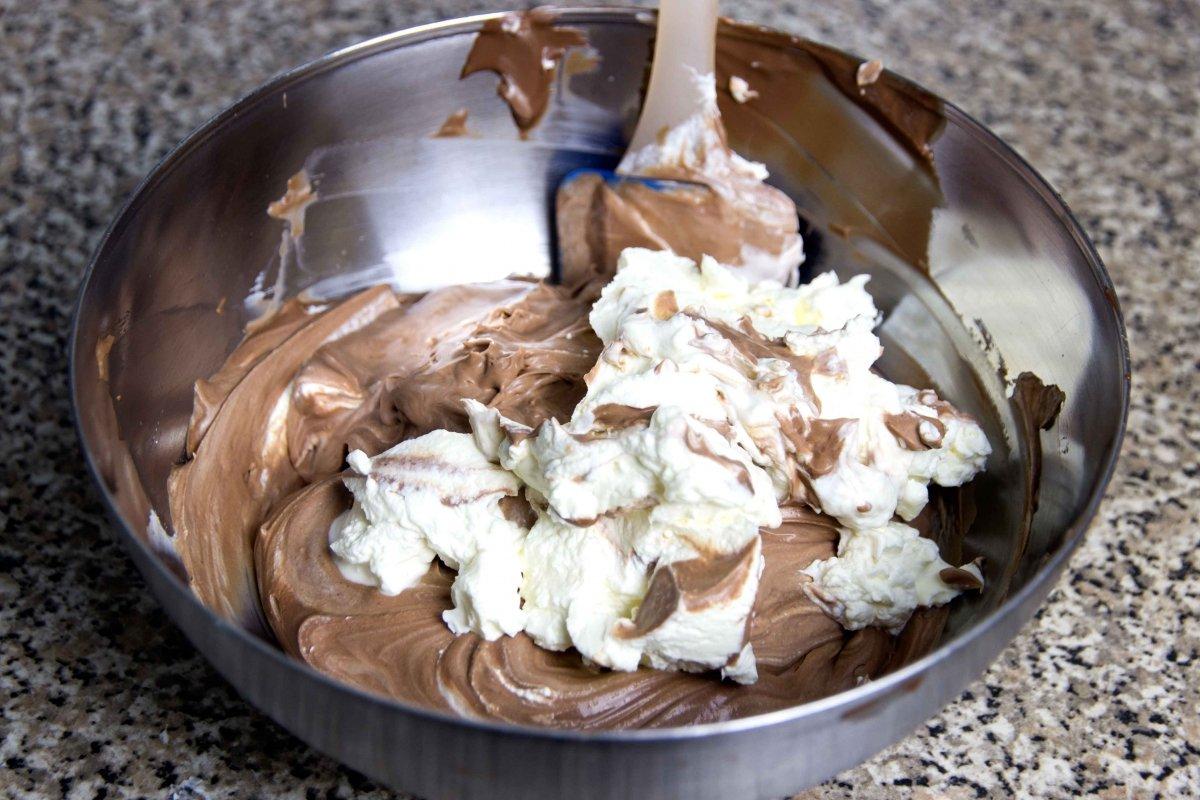 Preparar la trufa para sellar la tarta