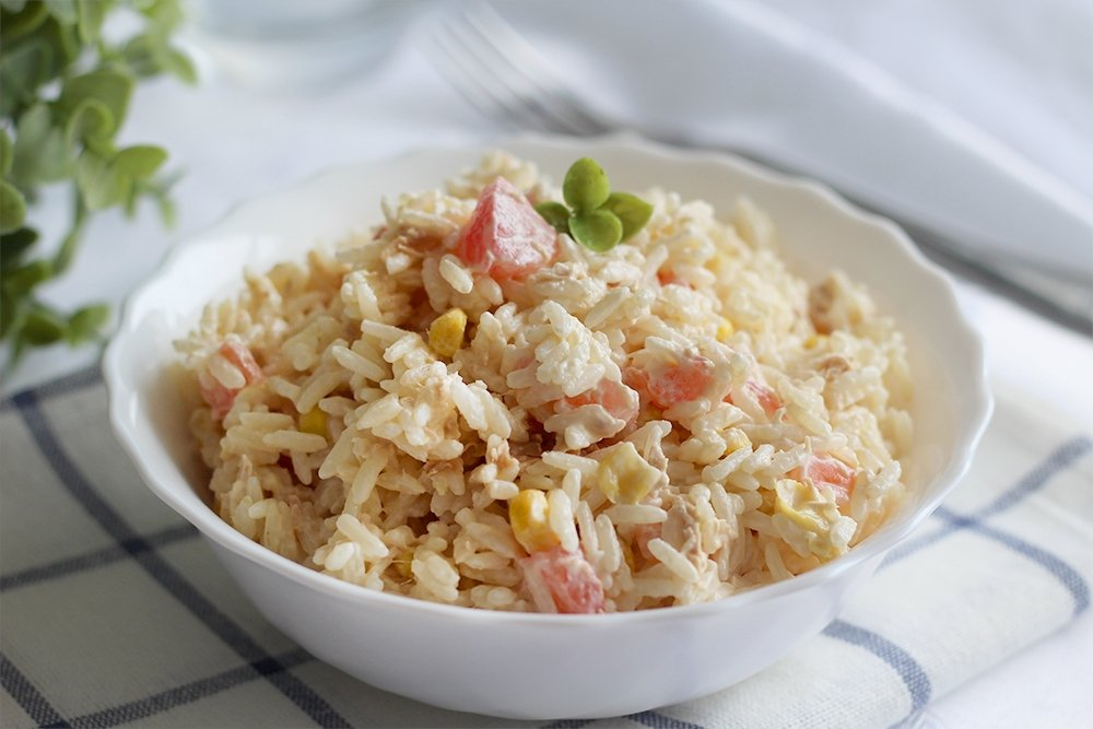 Ensalada de arroz con mayonesa