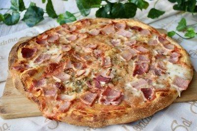 Pizza prosciutto (con jamón cocido)