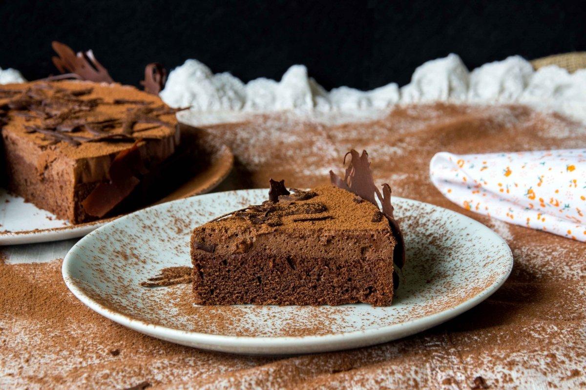 Presentación final de la tarta de chocolate
