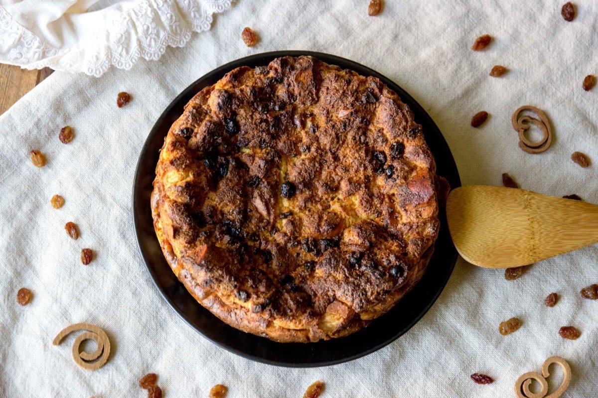 Presentación principal de la torta de pan