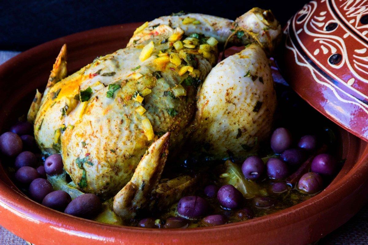 Presentación principal del tajín de pollo